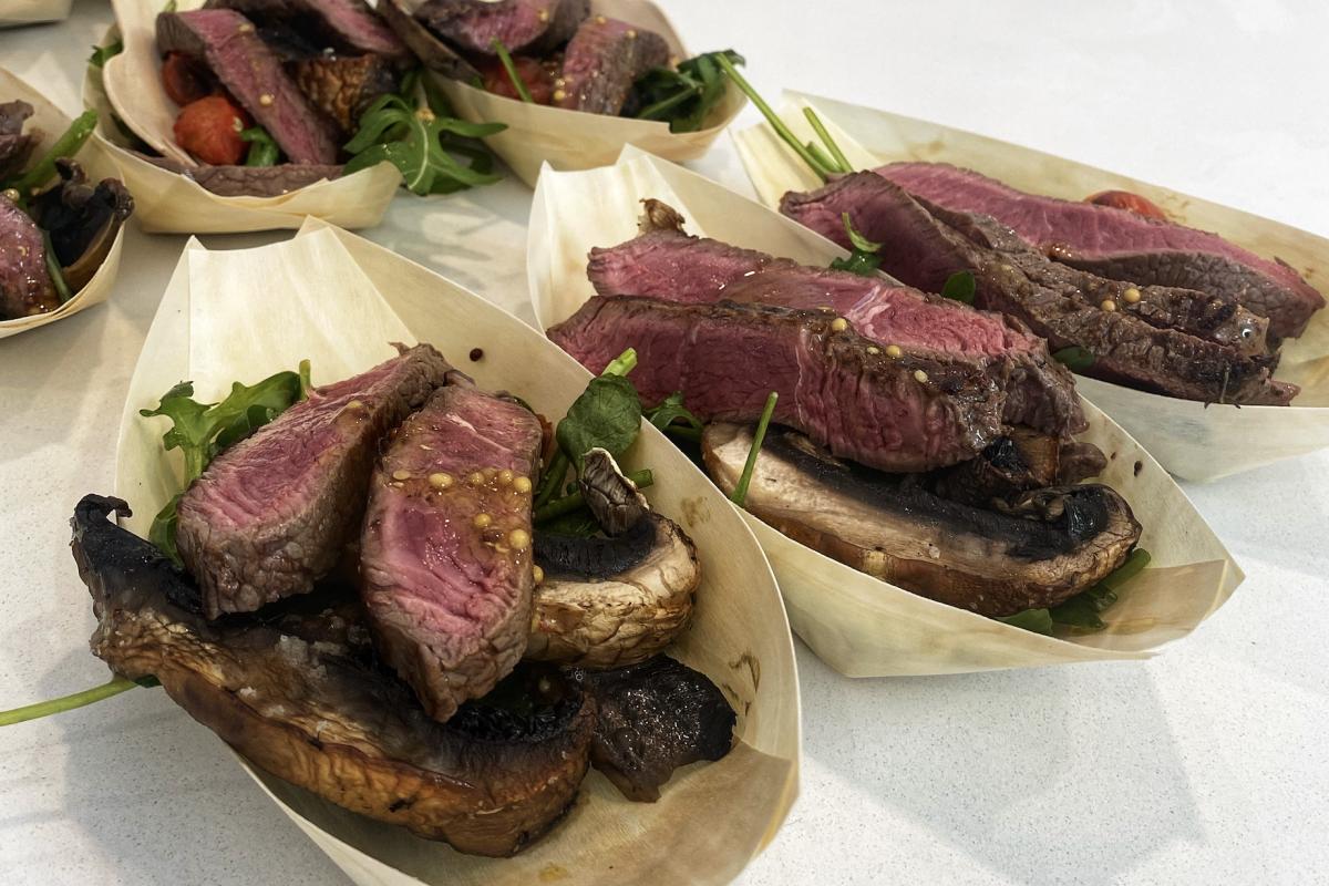 Paul West Masterclass – Rump Steak and Mushroom Salad